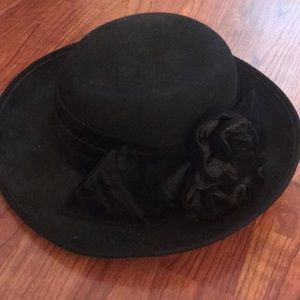 Callahan Black Wool WideRimmed Hat With VelvetBow